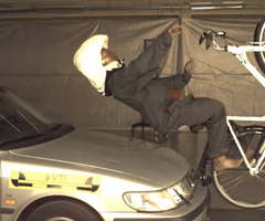 photo L'airbag pour cycliste au crash test