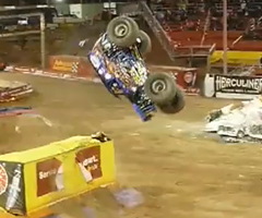 photo Backflip en Monster truck