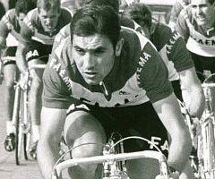 photo Eddy Merckx gagne le Tour de France