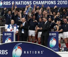 photo Grand Chelem du XV de France au tournoi des 6 nations 2010