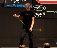 photo Jensen Kimmitt champion de YoYo