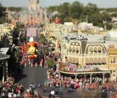 photo La parade de Noël de Disney en Tilt-Shift
