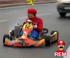 photo Rémi Gaillard Mario Kart