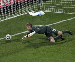 photo Robert Green Hand of Clod, la Main du D�bile de la Coupe du Monde 2010