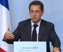 photo Sarkozy bourré au G8