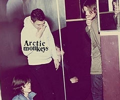 Album Arctic Monkeys : Suck it and See à Télécharger